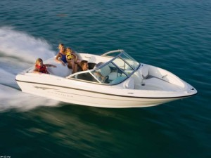 Bayliner Bowrider Boats from Marine Connection.